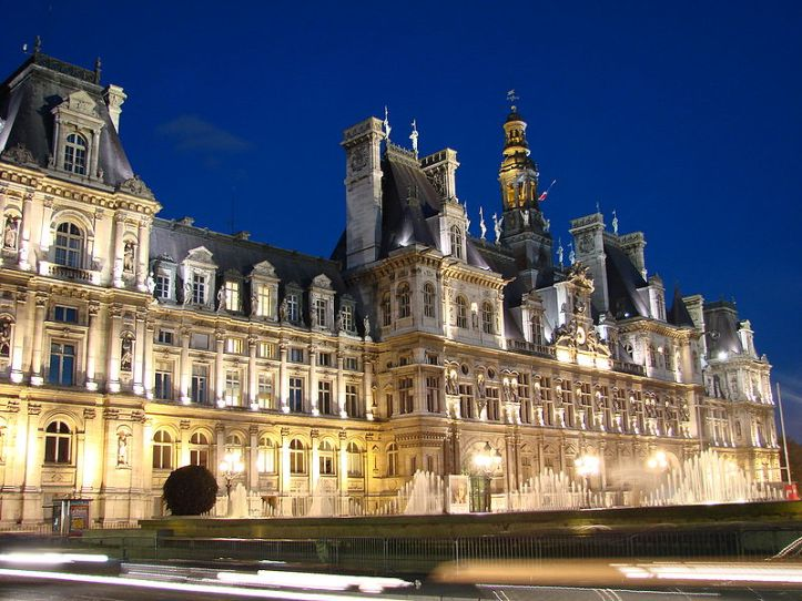Insuflada de multiculturalismo, a França não e mais sombra do que foi.