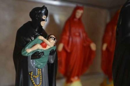Católicos censuram artista plástica