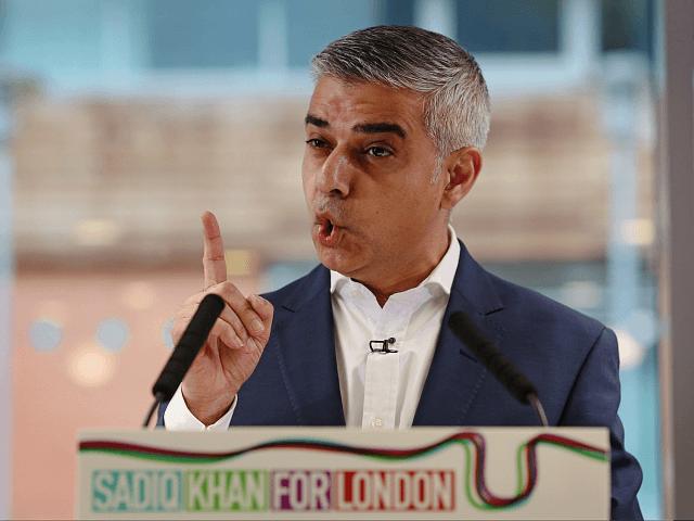 Sadiq Khan, o prefeito de Londres, enfrenta onda de atentados terroristas islâmicos e violência urbana.